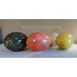 Conjunto de cinco huevos mármol