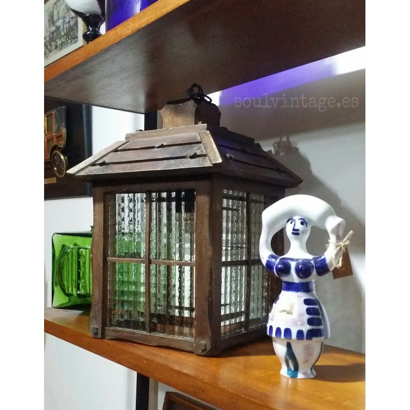 Lámpara - farol de madera