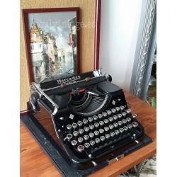 Máquina de escribir Mercedes. Año 1934