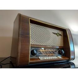 Radio Loewe opta, alta gama. Año 1954