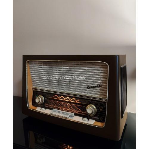 Radio de válvulas Blaupunkt. Año 1959